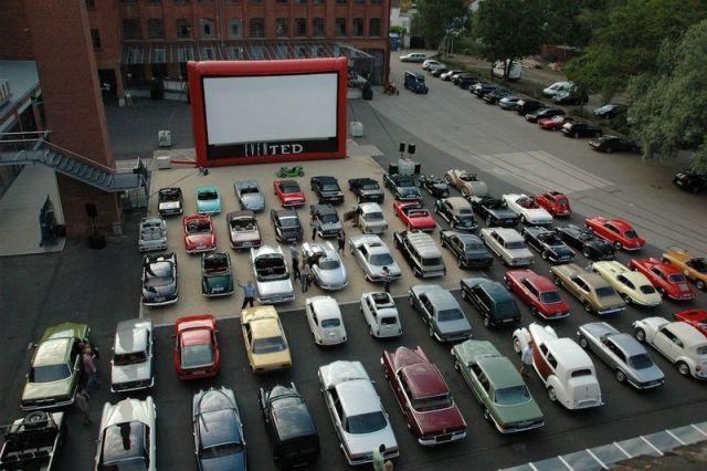 Auto Kino Frankfurt